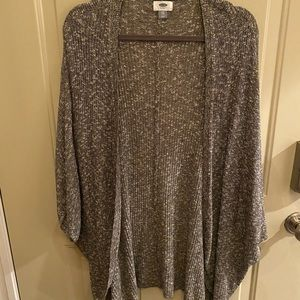 Old Navy Grey and White Sweater Overpiece
